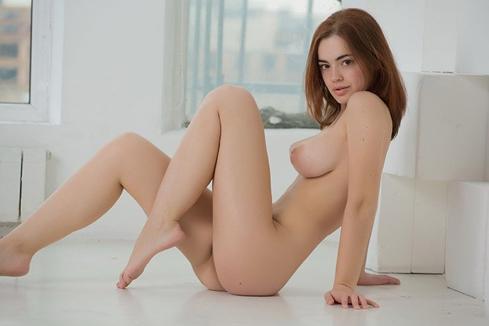 Hot Redhead Teen Girl