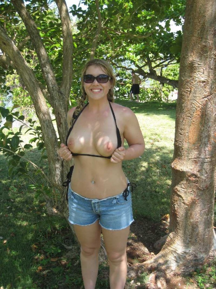 Sexy amateur girls posing outside