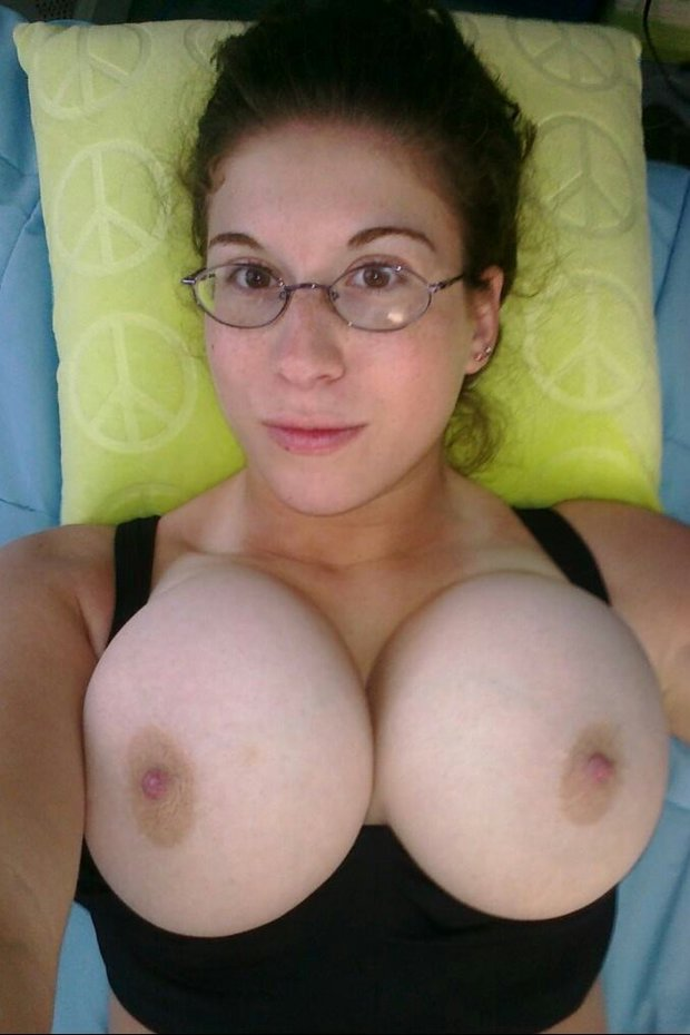 Sexy amateur girls with big boobs